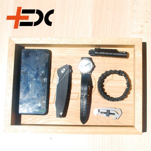 Tölgy EDC tálca, ami segít, hogy a mindennapi dolgaid könnyen megtaláld!